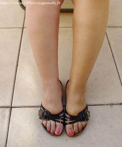 Jambes divines avec caudalie for Autobronzant et piscine