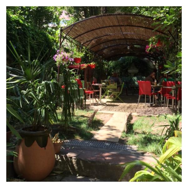 Pouce un petit jardin cach vers longchamp little miss beauty - Petit jardin marseille ...